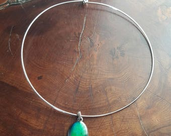 Necklace with mood stone.