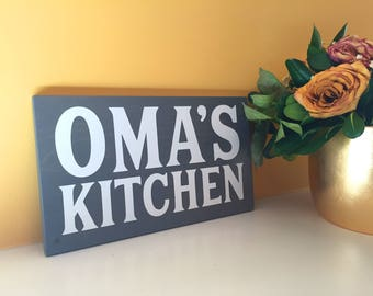 German Gifts, Painted Wooden Kitchen Sign, Grandmother gifts, Gifts for Oma, Gifts for Germans, German Kitchen decor, Kitchen wall hanging