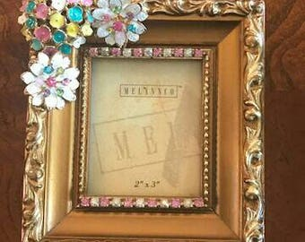 Gold leaf 2x3 decorated jeweled picture frame