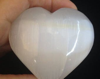 Large Selenite Heart stone,Selenite heart from Morocco, Palm stone,Healing,Gem-Therapy,Altar, meditation, gift-Collectors