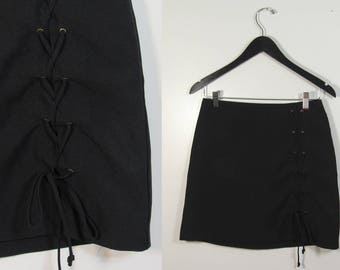 90s Black Lace-Up Mini Skirt : Size Small