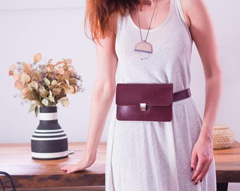 Leather Fanny Pack, Burgundy Belt Bag, Minimalist Hip Bag, Vegan Leather Waist Bag, Festival Bag, Boho Bag, Travel Bag, Convertible Bag,