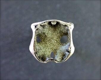 Pyritized Ammonite geode cabochon. Russian Ammonite cabochon. Sea Fossil cabochon. Ammonite druzy geode. 28x28x4-8mm