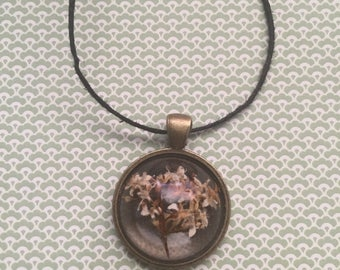 Real White and Brown Flower Resin Necklace