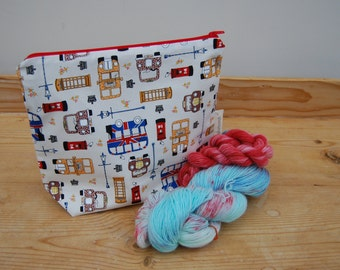 Small knitting project bag | box bottom | One skein project | Socks | Fabric zip pouch | Make up bag | London |