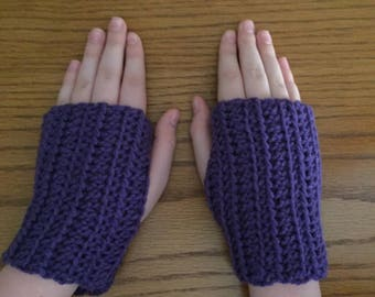 Crochet Fingerless Gloves, Purple, Small Gloves, Wrist Warmers, Texting Gloves, Crochet Gloves, Arm Warmers, Fingerless Mittens, Hippie Boho