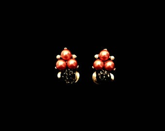 50's Orange Pearl Earrings        GJ2679