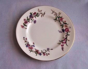 Wedgwood Devon Sprays Bread and Butter Plate, English Bone China 6 Inch Plate