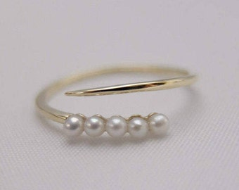 10K Yellow Gold Baby Pearl Ring