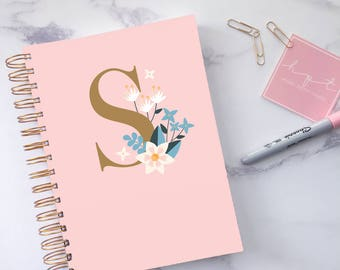 2018 planner ~ Personalised monogram planner ~ Monogram stationery ~ Weekly agenda 2018 ~ Daily monthly planner 2018 ~ Hoard Pretty Things