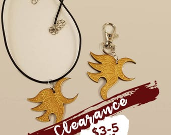 CLEARANCE: Yawë (Eragon and Arya) right-facing wood pendant KEYCHAIN or NECKLACE - Eragon fans!
