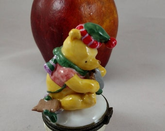Winnie the Pooh A Wintery Sort of Day Trinket Box, Midwest of Cannon Falls