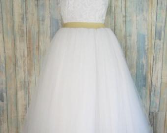 Knee length tulle skirt, various colors (aqua shown) , tutu skirts, wedding skirts, plus size