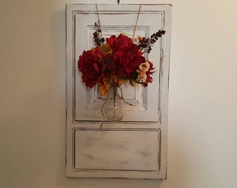 Wall Sconce, Deco Art Wall Mounted Mason Jar Vase, Wood Wall Vase, Hanging Wall Vase,  Farmhouse  Wall Vase, Country Red White, Gift