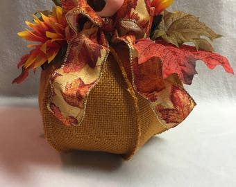 Fall Floral on Stuffed Pumpkin with Bird (#025.1)