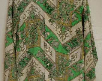 70's Barclay Square Paisley Button Down