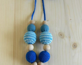 Nursing necklace for mom from wood and cotton-fish