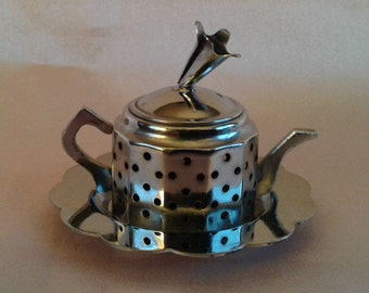 English Loose Leaf Tea Infuser with Caddy, Teapot
