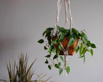 MAISIE Macramé Plant Hanger / Hanging Planter