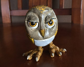 Owl (yellow/gold)