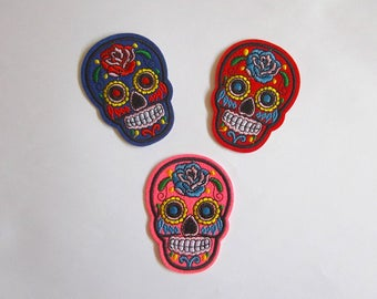 Mexican skull iron on patch, Day of the dead skull sew on applique, Calavera embroidery applique, Punk thermo adhesive fabric for clothing