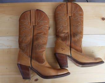 Vintage Women's FRYE boots