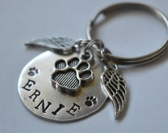 Pet Memorial Keychain - Pet Memory Keychain, Remembrance Keychain, Pet Loss Gift, Forever in my Heart, Paw Print, Angel Wing, Metal Stamped