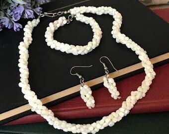 Vintage Triple Twisted Beads Jewelry Set // Torsade Twisted Bead Necklace // Twisted Bead Bracelet // Pierced Twisted Bead Drop Earrings
