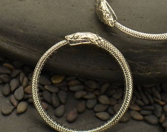 Ouroboros Ring Snake Ring Sterling Silver Serpent Reptile Ancient Greek Gothic Goth USA 6 7 8 Ring R-704