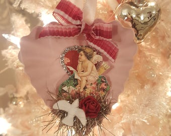 Vintage Valentine Metal Dessert Tin Ornament Pink Heart Vintage Victorian Cupid Ornament With White Dove Love Valentine Anniversary Gift
