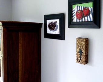 coat hook - coat hanger - coat rack - reclaimed wood - vintage - rustic - cast iron - fleur-de-lis - gold