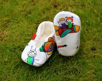 Baby shoes in space-various sizes