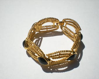 "Signed TRIFARI Vintage 7.5"" Egyptian Bracelet  Gold Tone Black Cabochon"