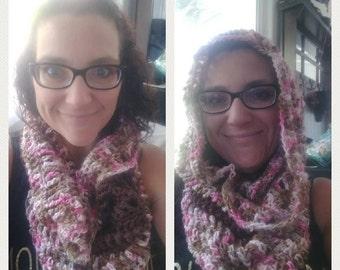 Crochet cowl/hood