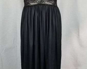 SHIRLEY OF HOLLYWOOD Black Nylon Lace Nightgown Open sides Medium