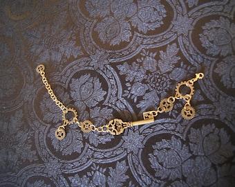 Steampunk bracelet with key in brass
