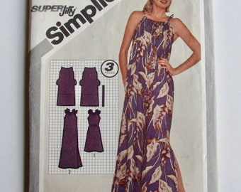 Vintage, Woman's Summer Shift, Dress, Muu Muu Simplicity 5098- Uncut Sewing Pattern