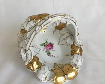 Von Schierholz White Porcelain Basket, Floral, Handpainted, Gilded, Handmalerei Handmade, Vintage, 1914-1930s