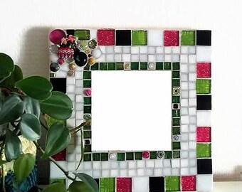 Mirror mosaic green Peruvian and fuchsia