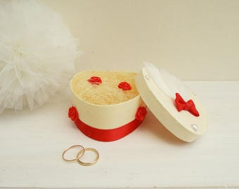 Wedding white and Red - support rings - heart ring bearer box - silvery ring - wedding ring pillow