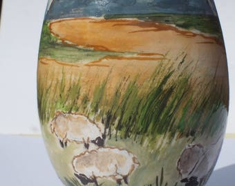 painted egg - Mont saint michel and painted sheep