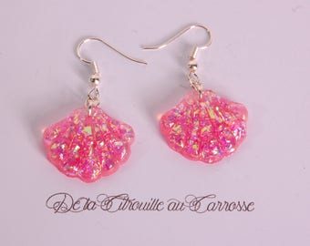 Iridescent pink shell earrings