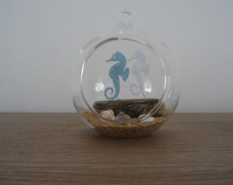 Pendant / seahorse decoration to hang or place glass ball. wedding decoration