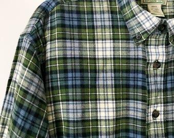 Men's L.L. Bean Vintage Plaid Flannel Shirt. 90s oversized plaid flannel // plaid shirt // 90s grunge // hipster flannel shirt // size XL