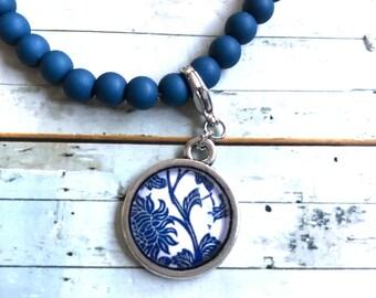Bracelet ' Holland ' Dark (delft) blue with 2 charms