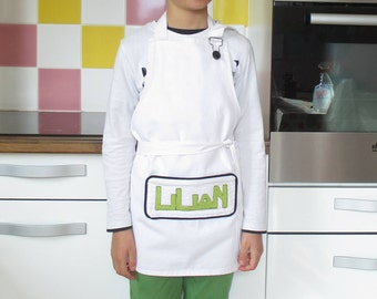 """Personalization skyscrapers"" apron, 8-10/10-12 + years"