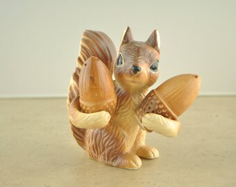 Vintage Olimco Squirrel Holder with Salt and Pepper Acorns