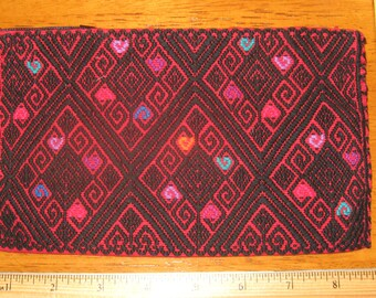Mexican-Chiapas Embroidered Pouch Bag