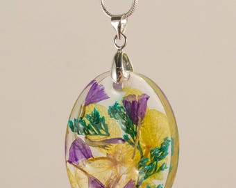 "Dried Flower Resin Pendant - 1.5"" long"