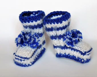 Luxury baby booties / crocheted by hand / children's shoes / newborn shoes / booties for girls / birthday gift /